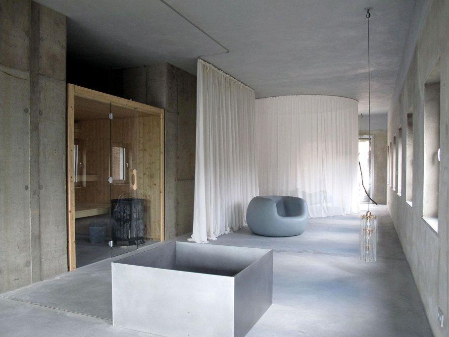 Arno Brandlhuber S Provocative New Home Uncube Minimalist Interior Home Interior Spaces