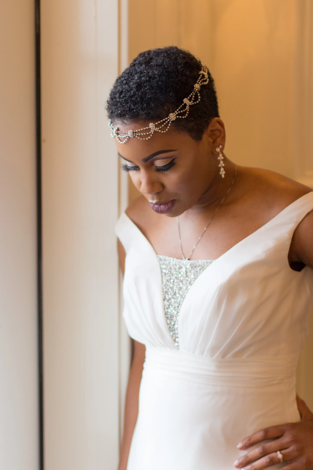 Natural And Short With Dainty Headpiece Short Wedding Hair Natural Hair Wedding Natural Hair Bride [ 1500 x 1000 Pixel ]