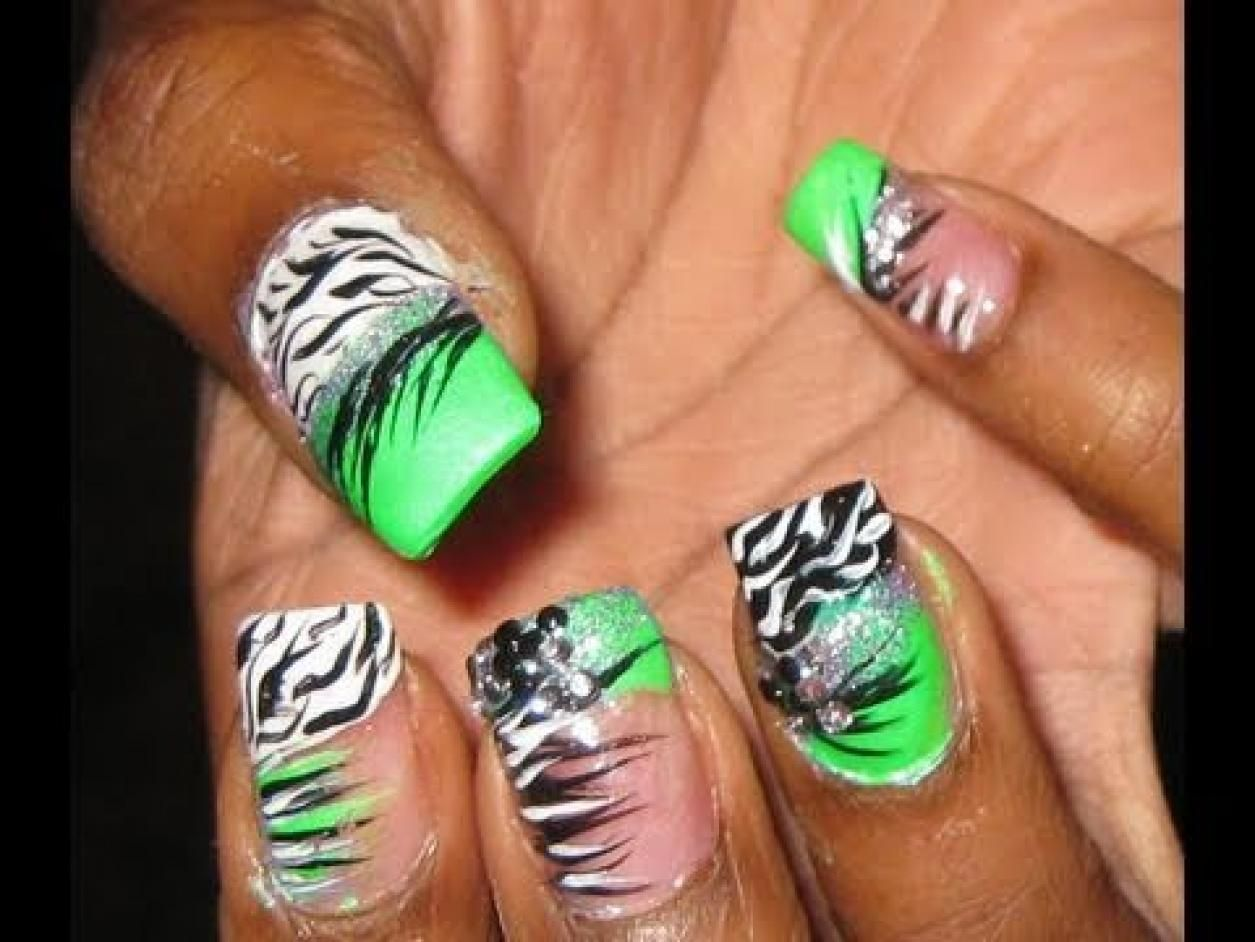 Crazy Nail Art Zebra Print Tutorial