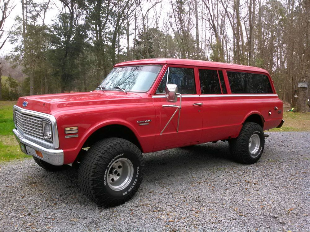 1970 Chevy Suburban A Bit Of Body Work And She S Perfect Love