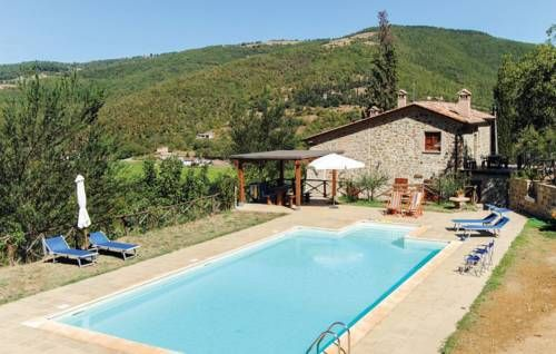 Quercia I Citta�di Castello (PG) Quercia I offers accommodation in Morra. Guests benefit from terrace. Free private parking is available on site.  The unit is fitted with a kitchenette. A TV is provided. There is a private bathroom with a shower.