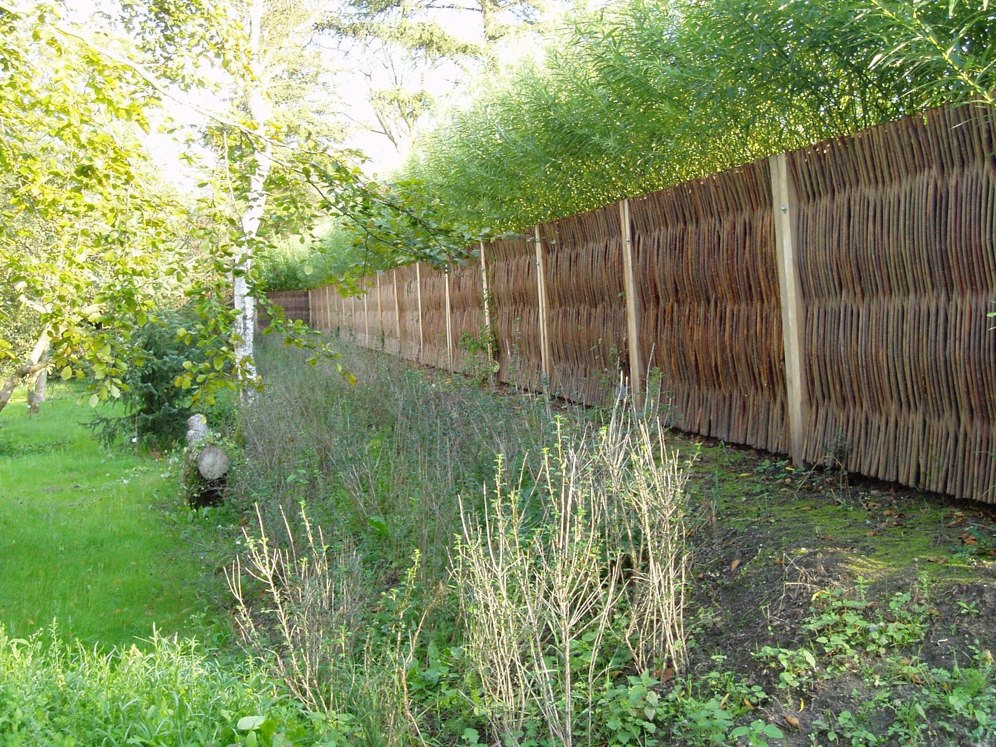 Woven Willow Noise Barrier And Living Willow Pannels On The Other Side.  #TheGreenBarrier #