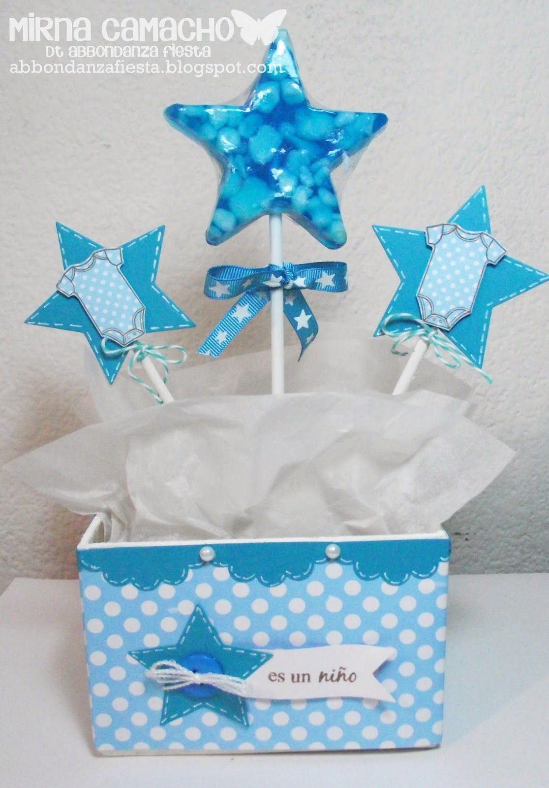 Centro de mesa para baby shower d ni o imagui centros for Mesa baby shower nino