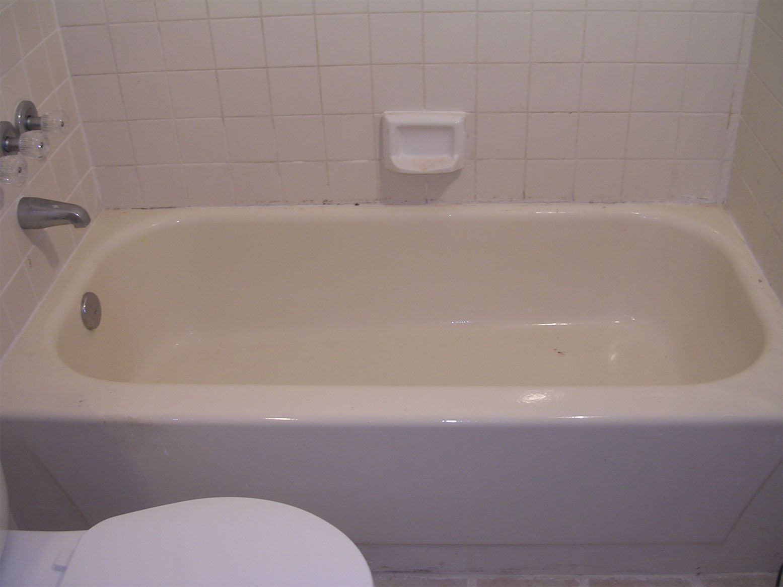 Bathtub Refinishing Is It Worth It click http ...
