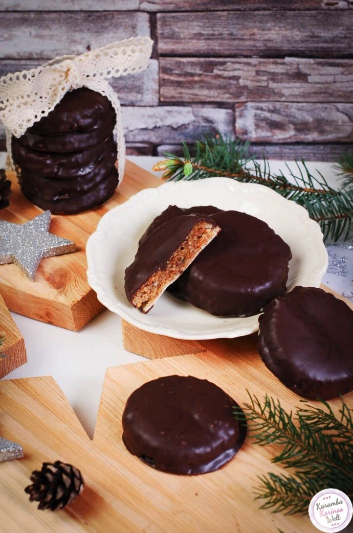 elisen lebkuchen ohne mehl christmas backing deutsche rezepte. Black Bedroom Furniture Sets. Home Design Ideas