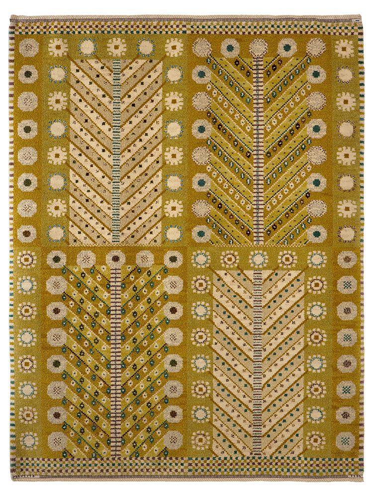 GULA TRÄDET Designed by Marianne Richter in 1945 #MMF #MärtaMååsFjetterström #MartaMaas #MarianneRichter #Handwoven #Handmade #Knotted #Pile #Rug #Rugs #SwedishCarpets #SwedishDesign