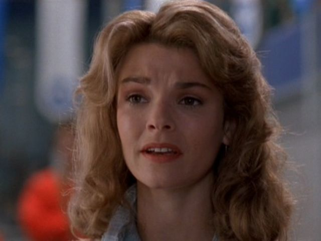 first crush miss mackay kathryn erbe d2 the mighty ducks. Black Bedroom Furniture Sets. Home Design Ideas