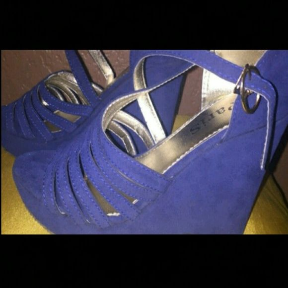 """FINAL PRICE REDUCTION! Blue strappy 4"""" wedge sandals (*note - shoes says 39 on bottom, but they fit 6.5)  BRAND NEW, NEVER WORN (true color is in 1st pic) Shoes Sandals"""