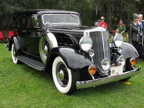 1934 Hupmobile sedan by imperturbe, via Flickr