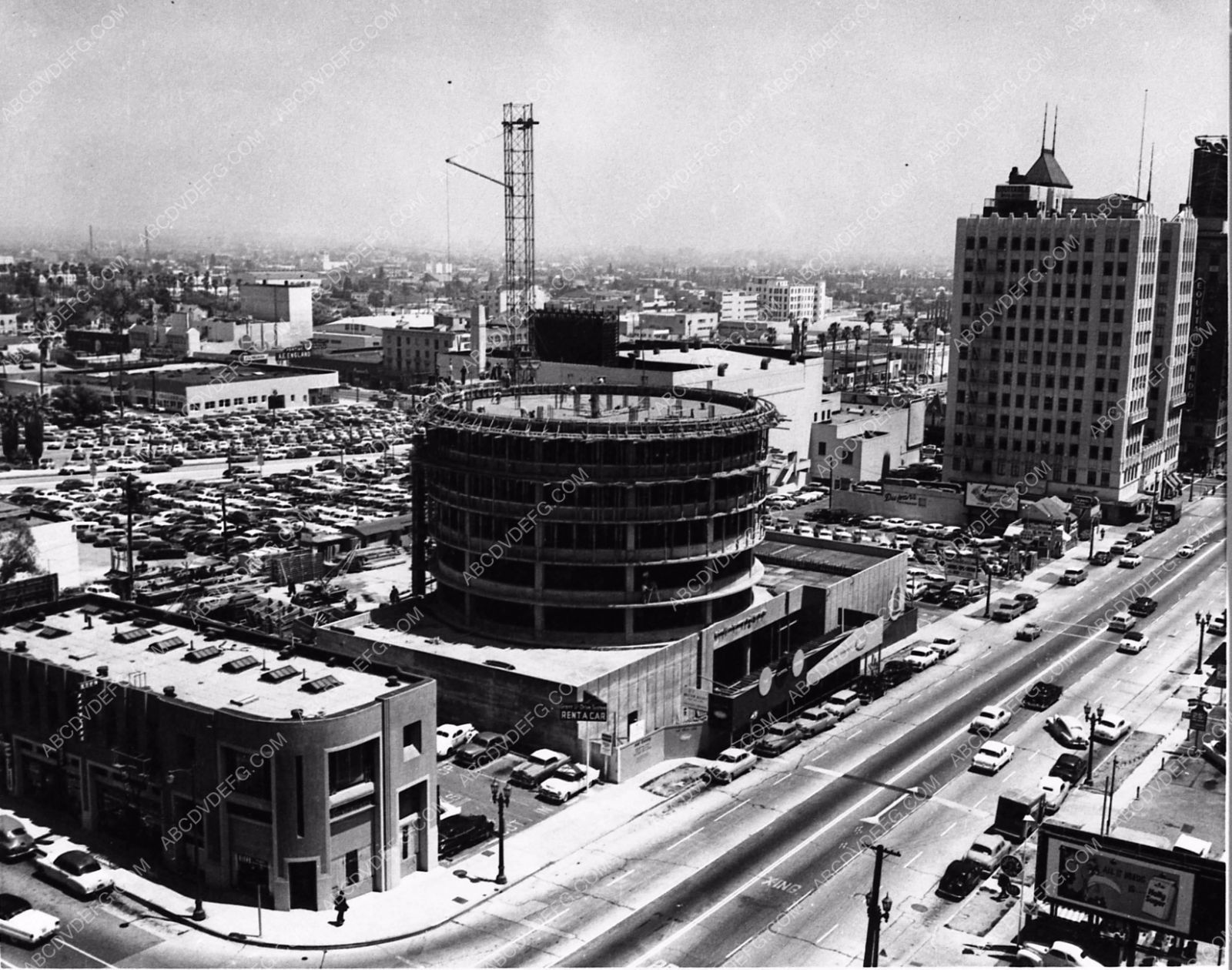 Photoc 1955 Historic Hollywood La Capital Records Building Under Construction 2877 08 Los Angeles Architecture Capitol Records Los Angeles History