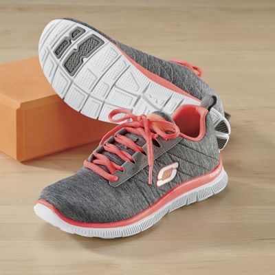 Pin By Laura I Monge On Sketchers Shoes In 2019 Memory Foam