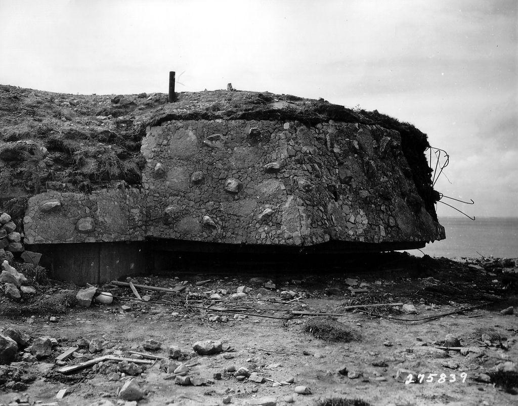 The shooting (PDT) 75 Stp of La Pointe du Hoc. bunker R636