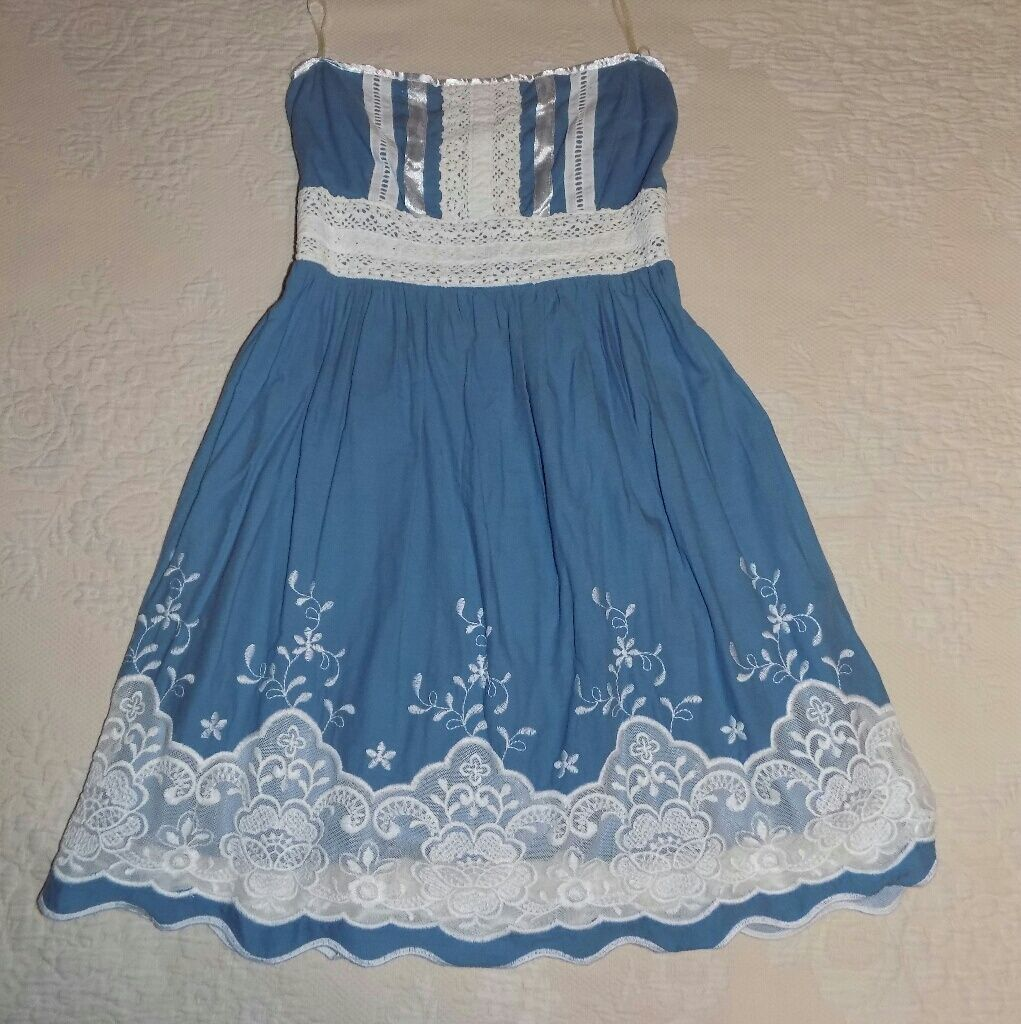 Blue dress with floral design blue dresses floral designs and