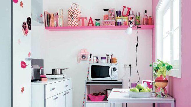 Cuisine  les murs servent de rangement ! Cuisines roses, Photo