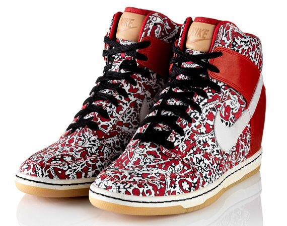 on sale 61476 3cf28 liberty-london-nike-sportswear-dunk-sky-high-01