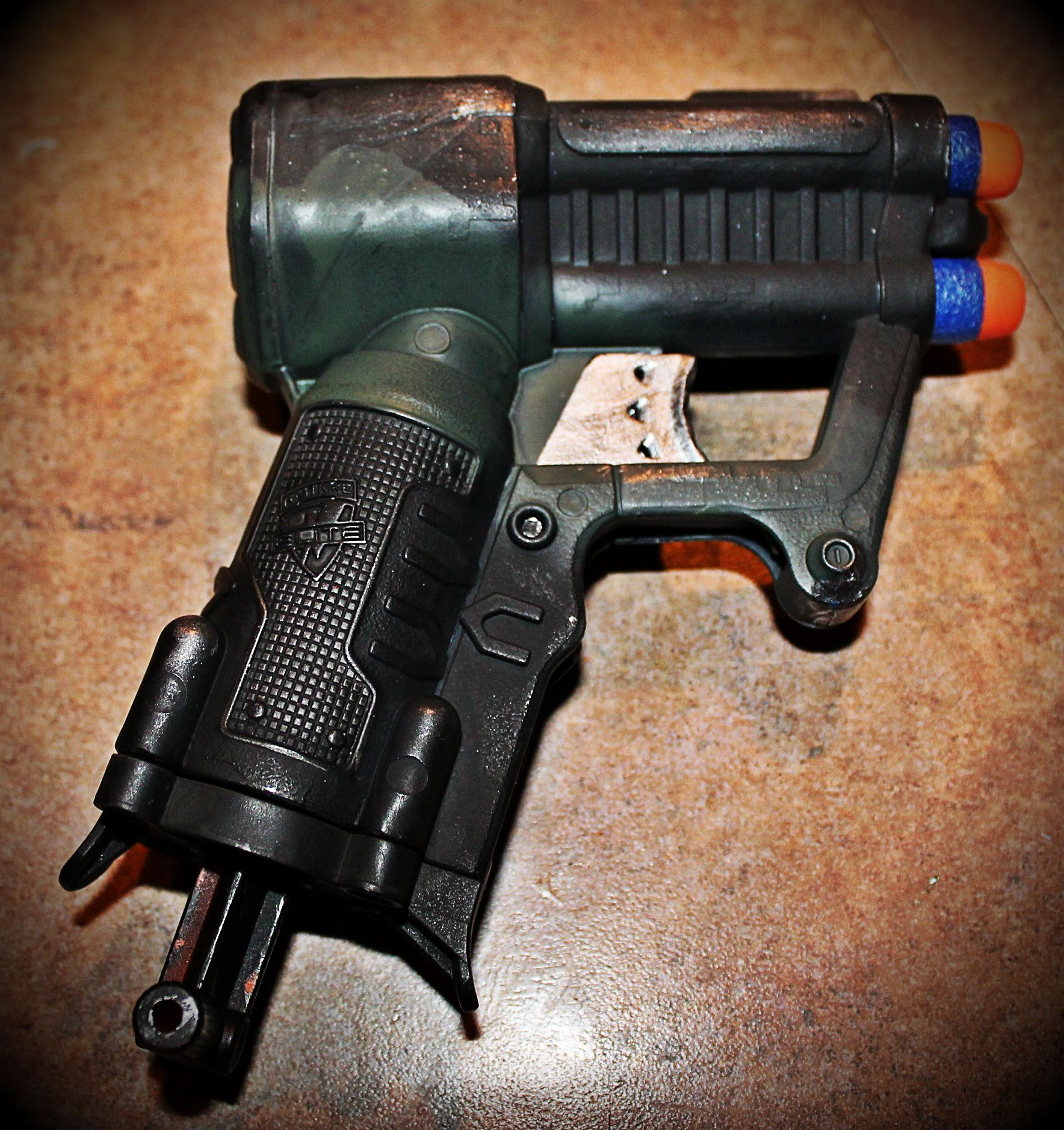 Painting your Nerf gun is a great way to complete that mod or turn it into a  fiercer looking blaster. Few tutorials exist, so here is a complete guide on