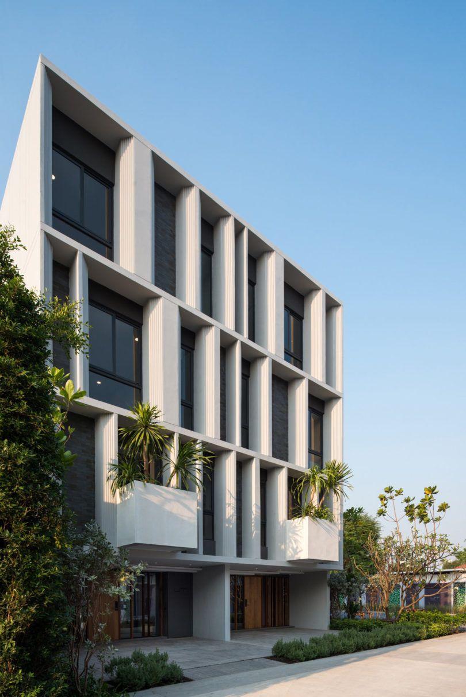 Unique House Design Exterior Design Architecture Design: A Modern Townhouse With A Private Garden In Bangkok