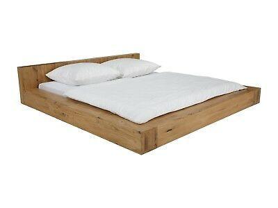 Traumhaft schön Das Bett Dunas aus massiver Wildeiche