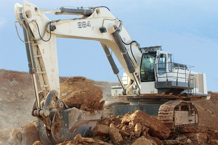 #Liebherr has decided to retire production of the legendary R 984 #excavator!
