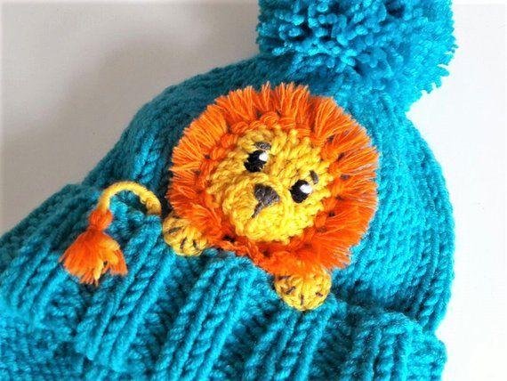 Löwe, Kinder Wintermütze, Ohrklappe Hut, Mütze Hut, Pom Pom Hut, Kinder Outfits, Tier-Hut, niedlichen Kinderkleidung, jungen Winter Hüte, Weihnachtsgeschenk #uncinettoperbambina