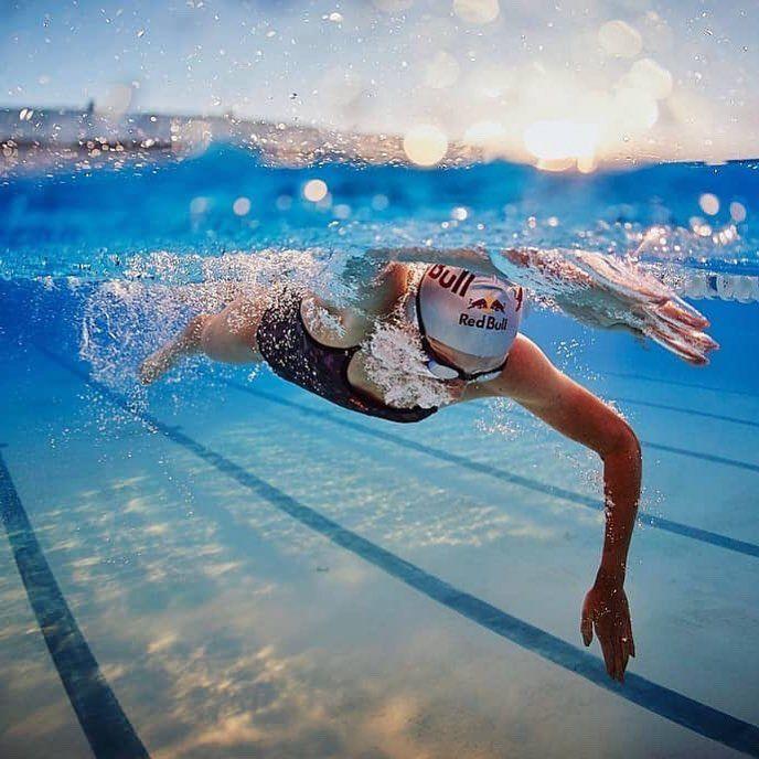 Каким объективом лучше фотографировать плавание