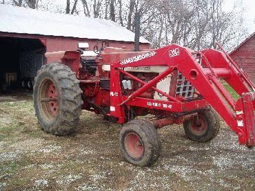 IH 1066 Tractor With Westendorf WL-42 Loader | tractors