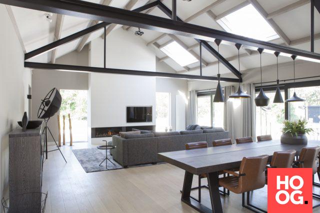 Moderne Woonkamer Inrichting : Moderne woonkamer inrichting met open haard woonkamer ideeën