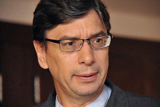 'As pessoas vão defender Dilma em nome de quê?', diz Marcio Pochmann - http://controversia.com.br/20928