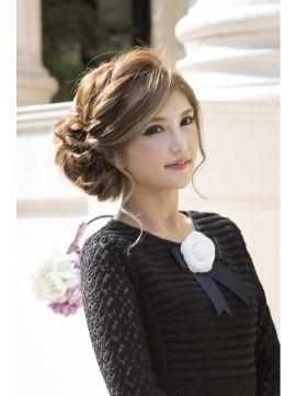 結婚式 髪型 ロング 人気ヘアアレンジをご紹介 結婚式 髪型 成人