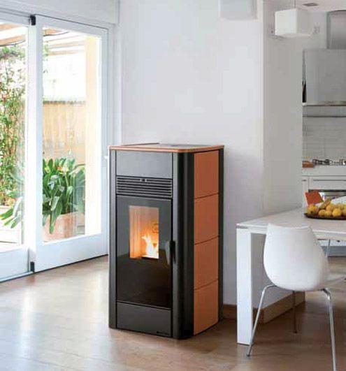 Estufa caldera de pellets moderna classe estufa pelotilla ardiendo de la calefacci n para la - Caldera pellets agua y calefaccion ...