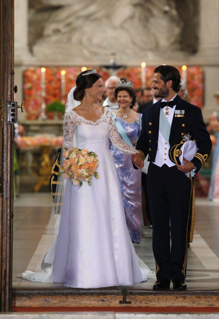The 5 Most Gorgeous Photos Of Sofia Hellqvist S Wedding Dress Royal Wedding Gowns Wedding Dresses Wedding [ 1118 x 768 Pixel ]
