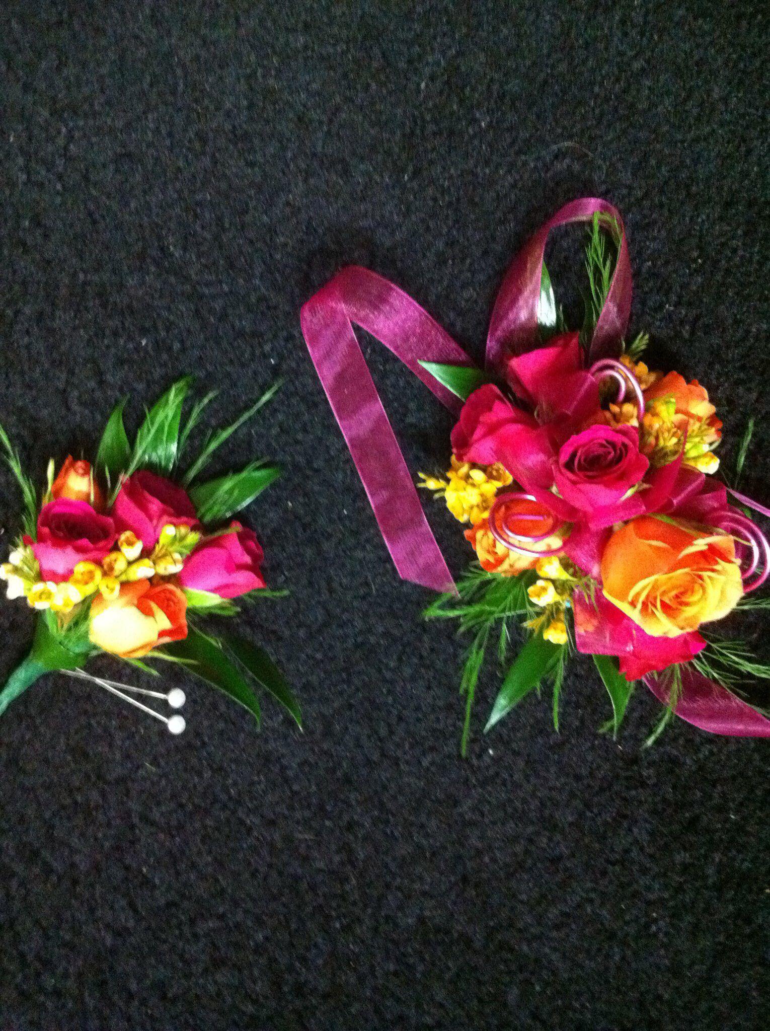Rose Garden Florist Paducah Kentucky Wrist Corsage Boutonniere Spray