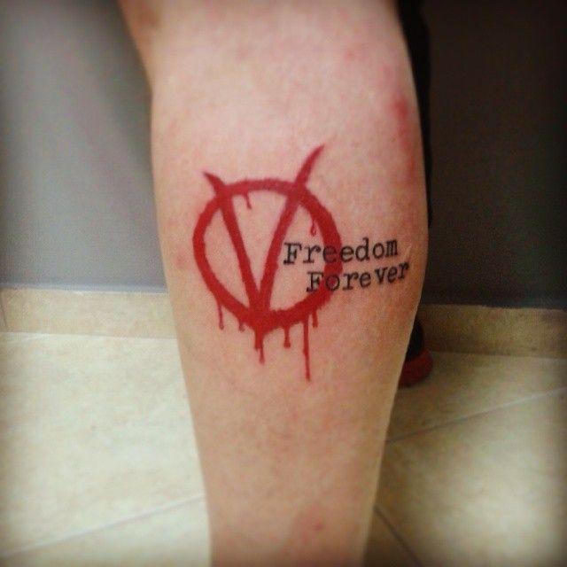 v for vendetta tattoo by john vogdo 11 boomerang tattoo studio pinterest tattoo tatting. Black Bedroom Furniture Sets. Home Design Ideas