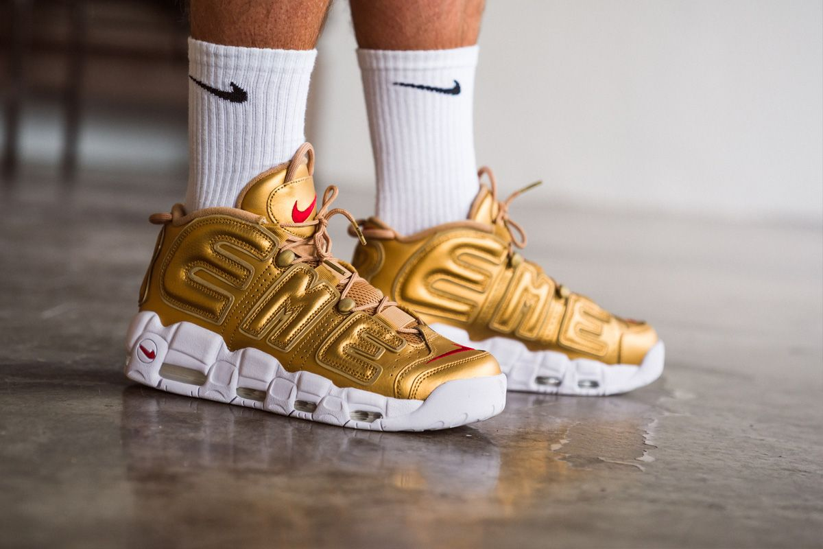 hot sale online bfd02 e84e1 Supreme x Nike Air More Uptempo