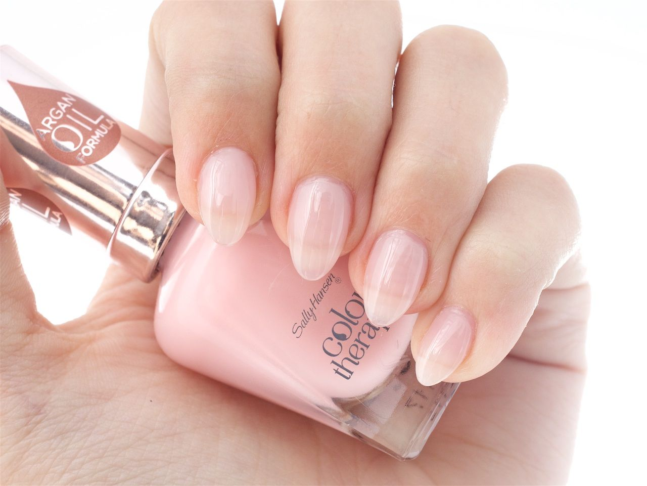 Colour therapy for beauty - Sally Hansen Color Therapy In Rosy Quartz
