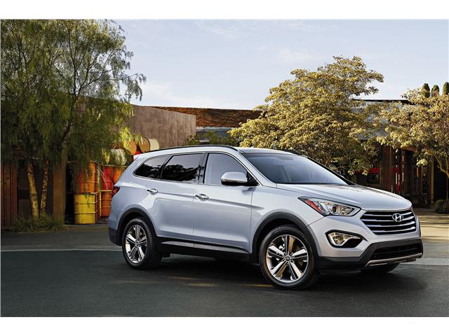 2015 Hyundai Santa Fe Pictures Angular Front U S News Best Cars Hyundai Santa Fe Sport Santa Fe Sport Hyundai Santa Fe
