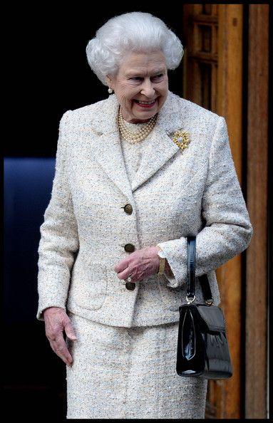 Queen Elizabeth II - Queen Elizabeth II Leaves the London Clinic — Part 4