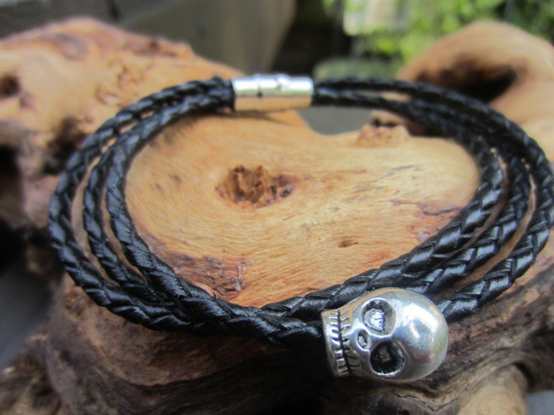 Braided leather bracelet skull bracelet womens or mens