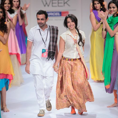 Mayank Anand Shraddha Nigam Lakme Fashion Week Winter Festive 2017 Twisted Desi Pinterest And Weeks