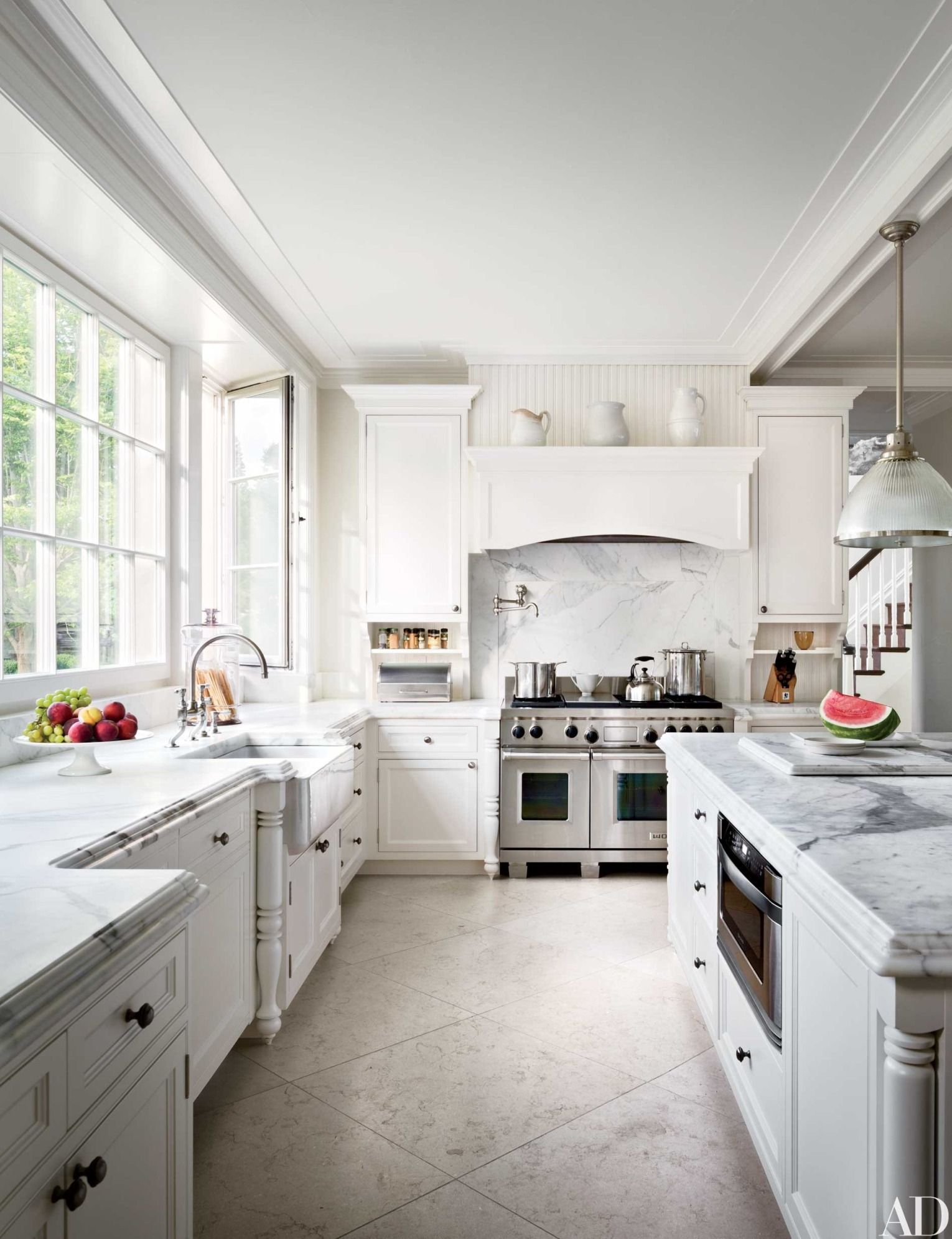 17 Kitchens with Classic Marble Countertops | Wolf range, Carrara ...