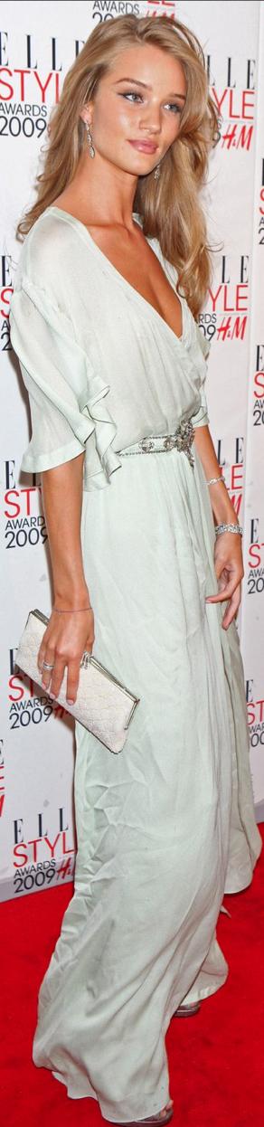 Rosie Huntington Whiteley, why are you so gorgeous?!