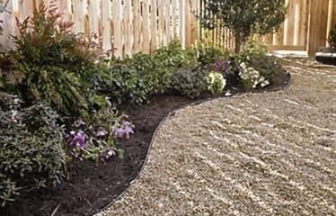 How to Lay a Budget-Friendly Gravel Path - Modern Design ...