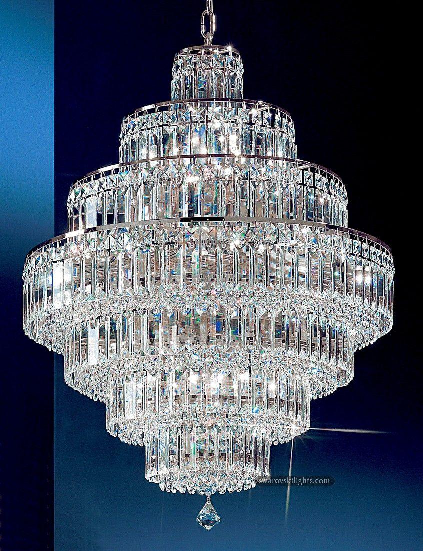 Small Crystal Chandeliers_Zhongshan Sunwe Lighting Co.,Ltd., specialize in making swarovski crystal chandeliers.