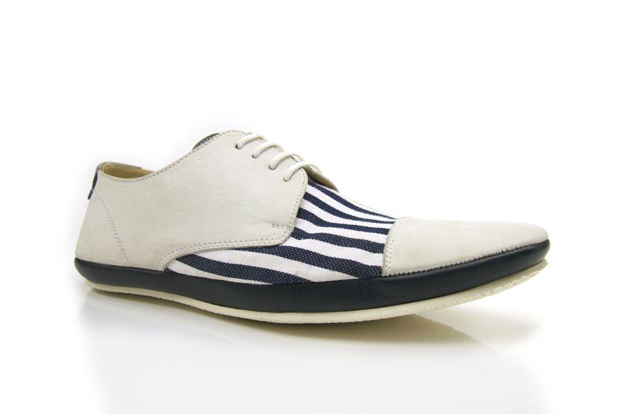 Aki Choklat shoes for men
