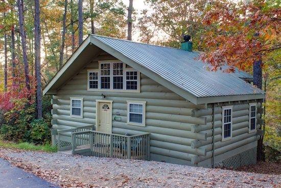 Helen Ga Cabin Rentals Laurel Haven Secluded 1 Bedroom Cabin With Large Screened In Porch Cabin Rentals Vacation Rental Honeymoon Cabin