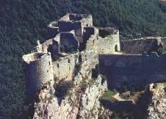 Castello di Peyrepertuse - Cerca con Google