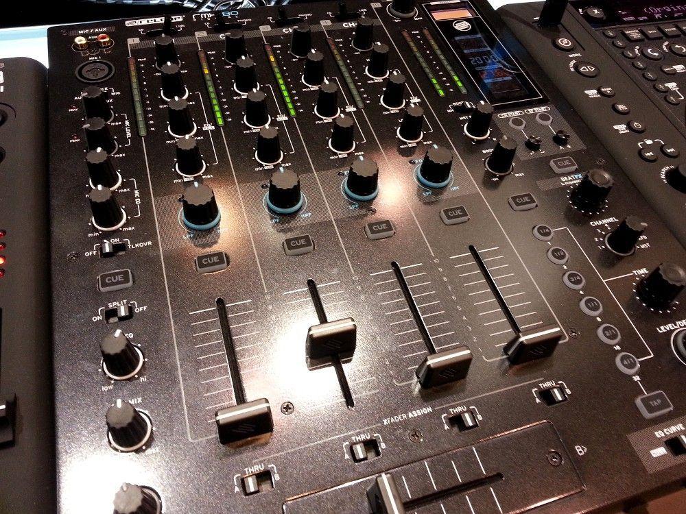 Digitaler DJ-Mixer aus dem Hause Reloop: der RMX-80 Digital auf der Musikmesse #Reloop #DJMixer #RMX80Digital #DJ #DJEquipment #Musikmesse