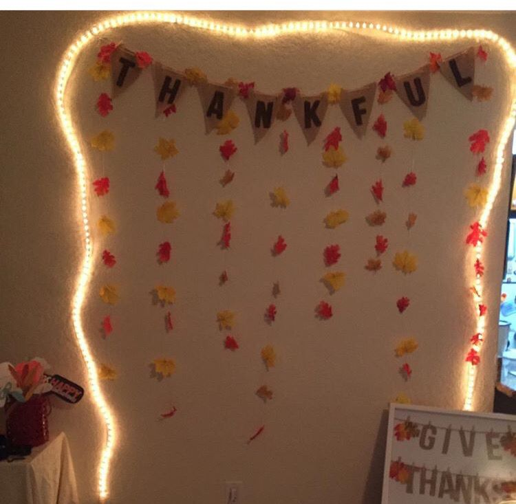 Thanksgiving backdrop for photo booth   Diy photo booth ...