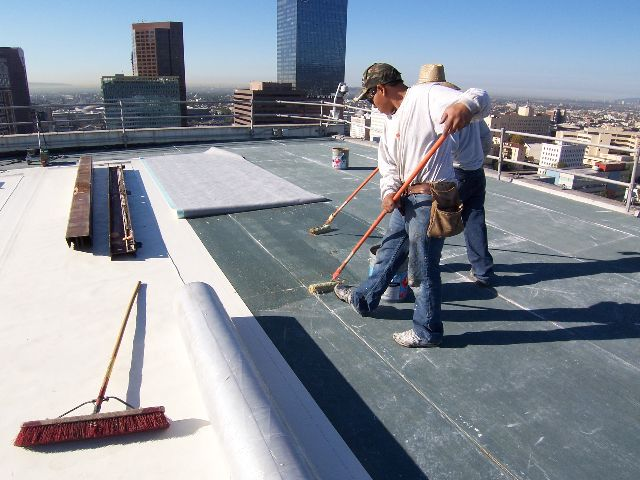 Qrg Roofing Is One Of The Best Local Roofing Contractors In Atlanta Ga Serving The Community With Quality Roof Repair Commercial Roofing Commercial Flat Roof