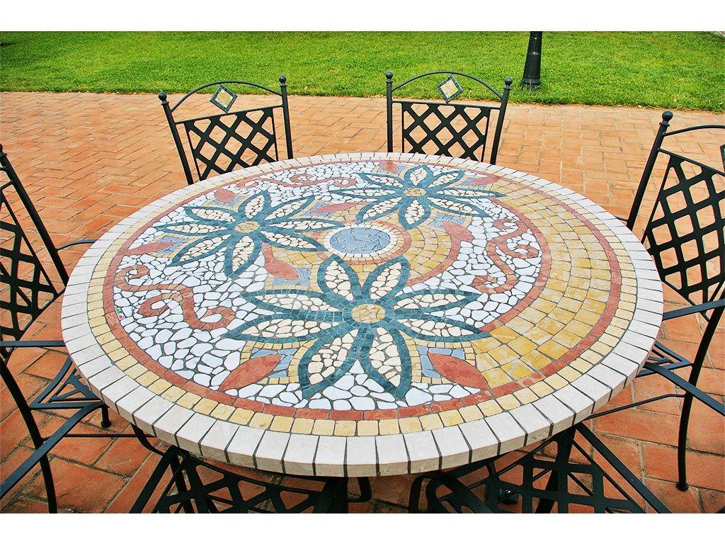 Tavolo in mosaico da esterni diametro 130 cm con sedie in ferro battuto tavoli in mosaico - Dwg tavolo con sedie ...
